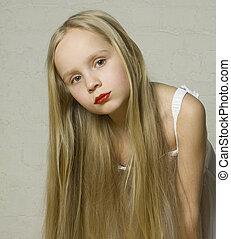 młoda dziewczyna, fason modelują, z, długi, blond włos