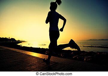 młoda kobieta, pasaż, wschód słońca, wybrzeże