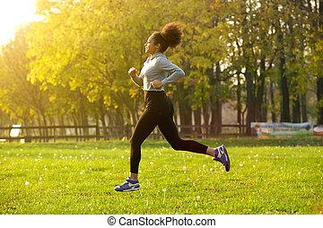 młoda kobieta, wyścigi, outdoors