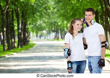 młoda para, w parku