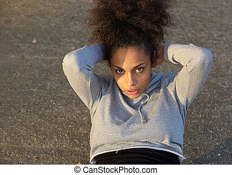 młody, afrykańska amerykańska kobieta, czyn, obsiądźcie ups