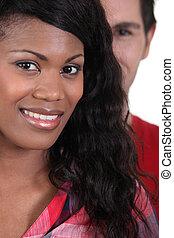 młody, afrykańska kobieta, uśmiechanie się