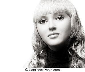 młody, blondynka