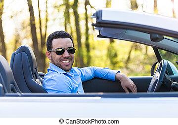 młody, czarnoskóry, łacińska amerikanka, kierowca, napędowy, jego, nowy wóz