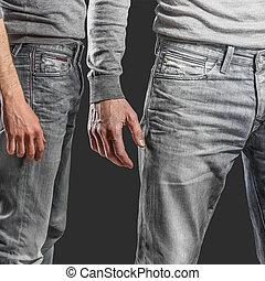 młody, fason, mężczyźni, nogi, w, dżinsy, i, szary, pulower