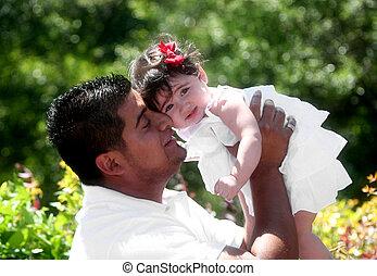 młody, hispanic, ojciec, z, córka