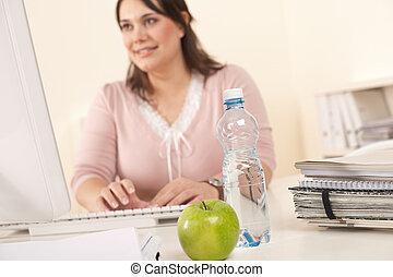młody, kobieta interesu, pracujący, biuro