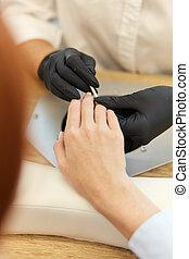 młody, proces, manicure, piękny, samicze ręki