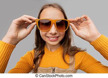 młody, sunglasses, uśmiechnięta dziewczyna, teenage