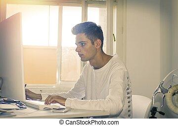 młody, z, przedimek określony przed rzeczownikami, komputer, pracujący, albo, badając