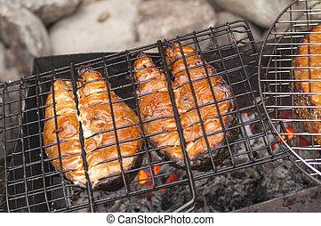mříoví losos, řezy ze svíčkové, dále, gril