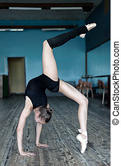 műterem, balett-táncos, szokás, fiatal
