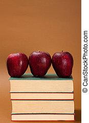 maçã, sobre, livros
