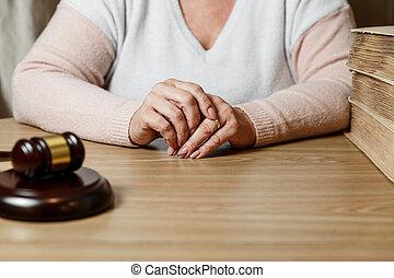 małżeństwo, gotowy, odwołujący, dekret, dokumenty, rozkład, albo, rozwód, znacząc, wyodrębnienie, lawyer., rozwód, żona, siła robocza, wkładając, papiery, porozumienie, premarital, mąż, prawny
