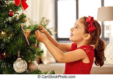 mała dziewczyna, drzewo dom, dekorowanie, boże narodzenie