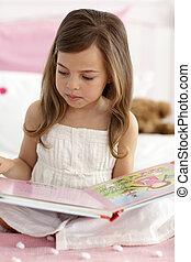 mały, czytanie, dziewczyna, łóżko