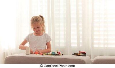 mały, dziewczyna, mały, zabawka, złączony, constructor.,...