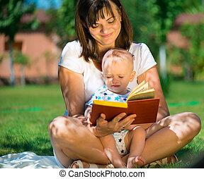 mały, jej, młody, syn, książka, macierz, czytanie