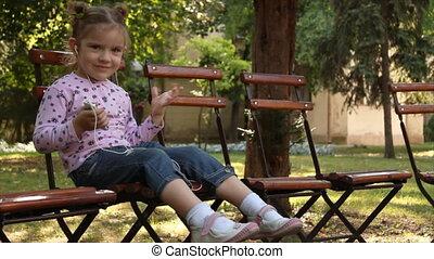 mały, muzyka, dziewczyna, słuchający