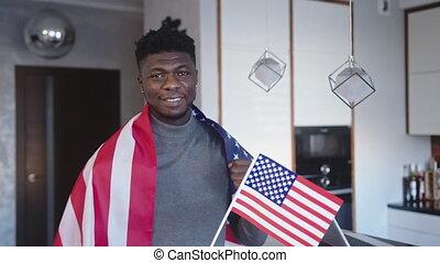 mały, na, człowiek, ręka, bandera, jeden, czarnoskóry, usa, plecy