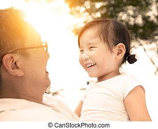 mały, ojciec, dziewczyna, szczęśliwy