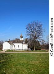 mały, stary kościół
