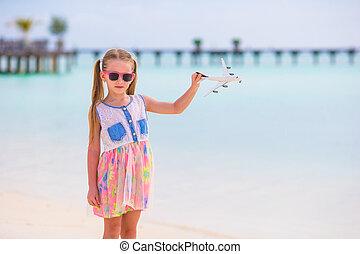 mały, zabawka, piaszczysty, siła robocza, biała plaża, dziewczyna, samolot