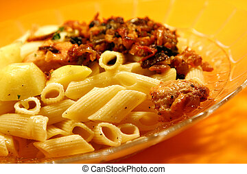macaroni with chicken