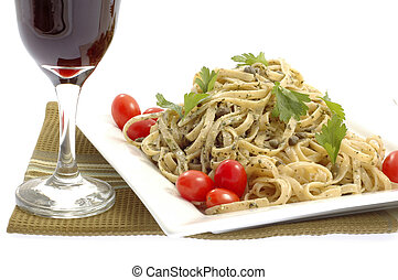 macarronada, pesto, vinho