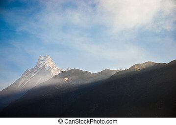 machhapuchhre, montanha, símbolo, nepal, fishtail