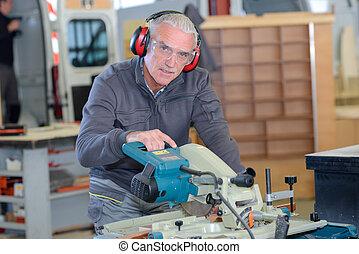 machine, atelier, old-man, homme, utilisation