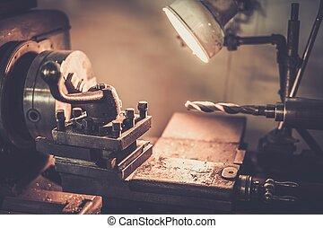 machine, atelier, tour