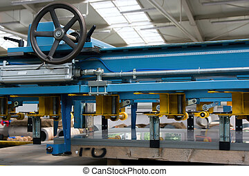 Machine for straightening and cutting metal