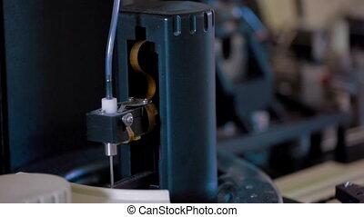 machine, laboratoire médical, ronotic, fonctionnement