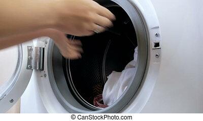 machine, lavage, température, ferme, virages, compilation, vêtements, main, 4k, porte, chargements, selects, ouvre, sale