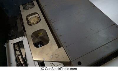 machine, métal, découpage, laser, coupures