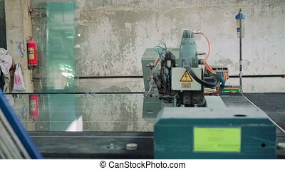 Machine tool for cutting glass at window factory 4K