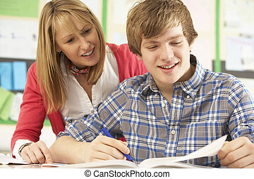 macho, adolescente, estudiante, estudiar, en, aula, con,...
