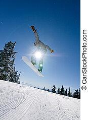 macho, snowboarder, presas, grande, ar.