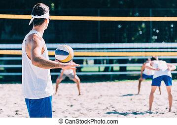 macho, sobre, para servir, pelota, durante, vóleibol de...