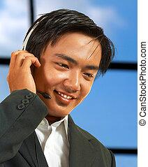 macho, telemarketing, reprentative, conversa, um, cliente