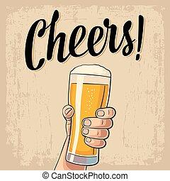 macho, tenencia de la mano, un, lleno, jarrade cerveza, con,...