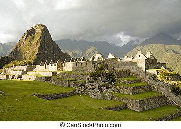 Machu Picchu Sunset - Machu Picchu at sunset. (Peru)