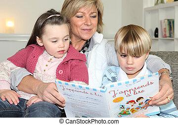macierz, córka, czytanie, syn