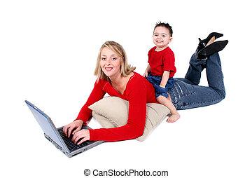 macierz, syn, laptop