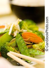 macro vegetable stir fry