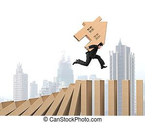 madeira, casa madeira, dominos, executando, carregar, queda, homem