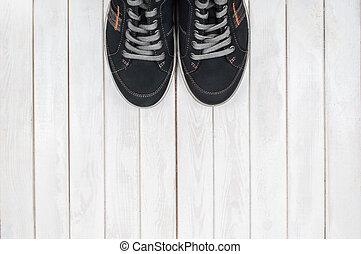 madeira, experiência., pretas, acima, par, sneakers, branca, vista