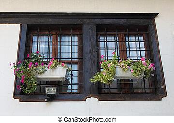 madeira, janelas