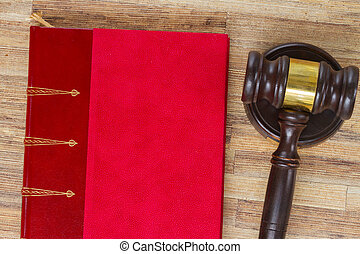 madeira, lei, gavel